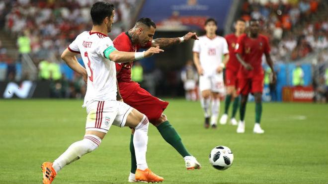 """Bồ Đào Nha - Iran: Ronaldo hỏng 11m, tuyệt tác """"cầu vồng"""" cứu nguy (World Cup 2018) - 1"""