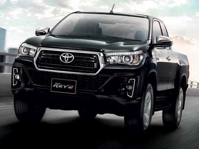 Toyota Việt Nam bổ sung thêm phiên bản mới cho chiếc bán tải Hilux: Giá bán từ 695 triệu đồng
