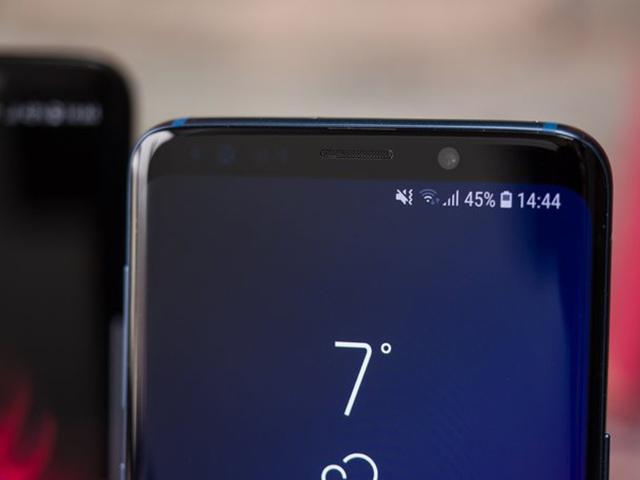 Samsung Galaxy S10 bản lớn nhất sẽ dùng màn hình 6,44 inch