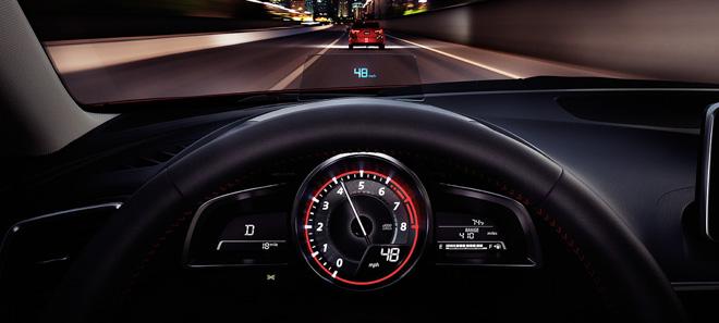 So sánh Mazda 3 phiên bản 1.5L và 2.0L: Khác biệt gì khi chênh lệch hơn 90 triệu đồng? - 6