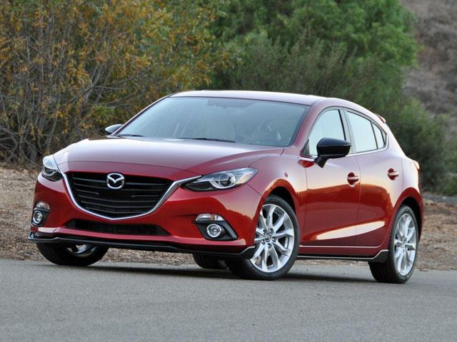 So sánh Mazda 3 phiên bản 1.5L và 2.0L: Khác biệt gì khi chênh lệch hơn 90 triệu đồng?