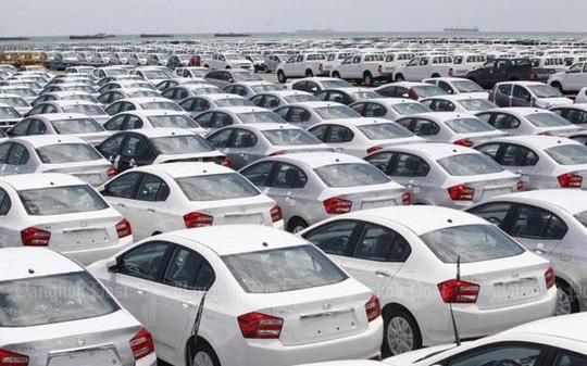 Lượng ô tô nhập nguyên chiếc giảm sâu, giá tăng hơn 10.000 đô - 1