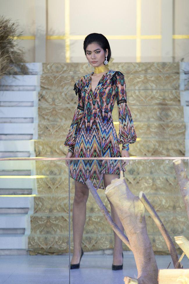 Mẫu Việt hóa thành cô gái Trung Đông trên sàn diễn - 4