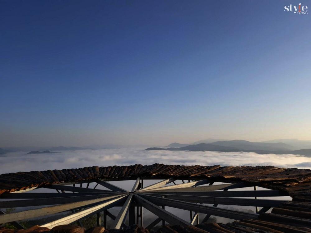 'Săn mây' trên cây cầu gỗ đẹp như chốn bồng lai ở Đà Lạt - 2