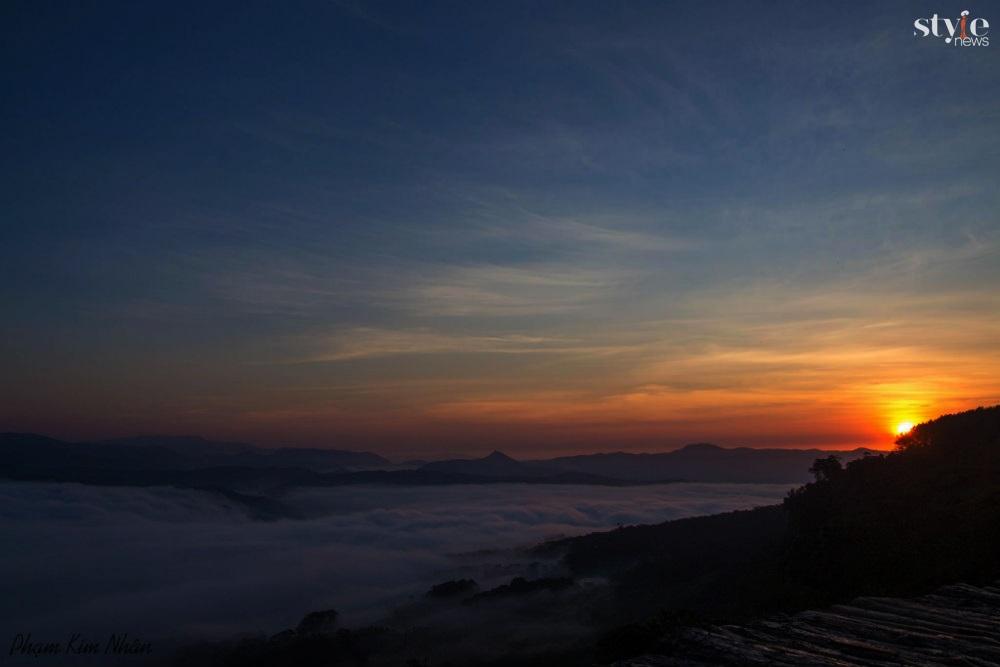 'Săn mây' trên cây cầu gỗ đẹp như chốn bồng lai ở Đà Lạt - 6