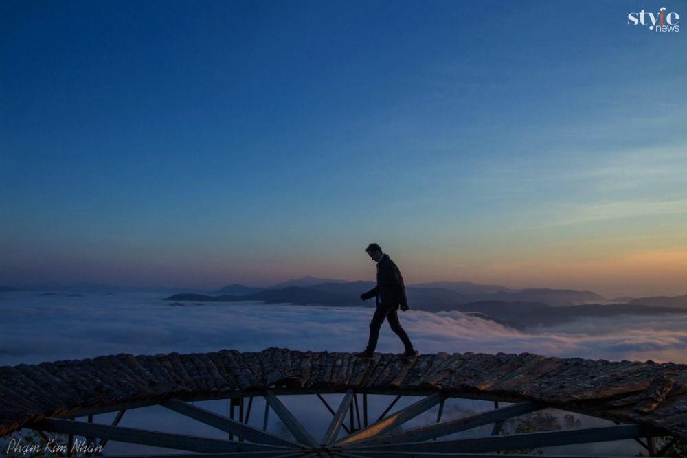 'Săn mây' trên cây cầu gỗ đẹp như chốn bồng lai ở Đà Lạt - 8