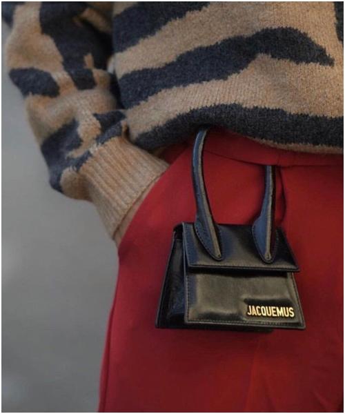 Túi mini: Món đồ không tiện ích nhưng cô gái nào cũng thèm muốn - 2
