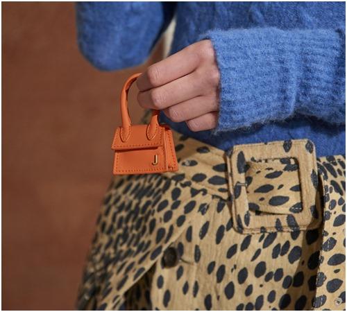 Túi mini: Món đồ không tiện ích nhưng cô gái nào cũng thèm muốn - 4