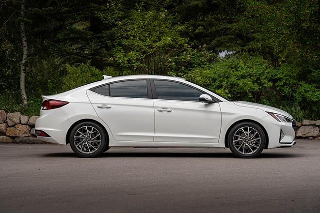 Giá lăn bánh xe Hyundai Elantra 2019 mới nhất tại đại lý - 10