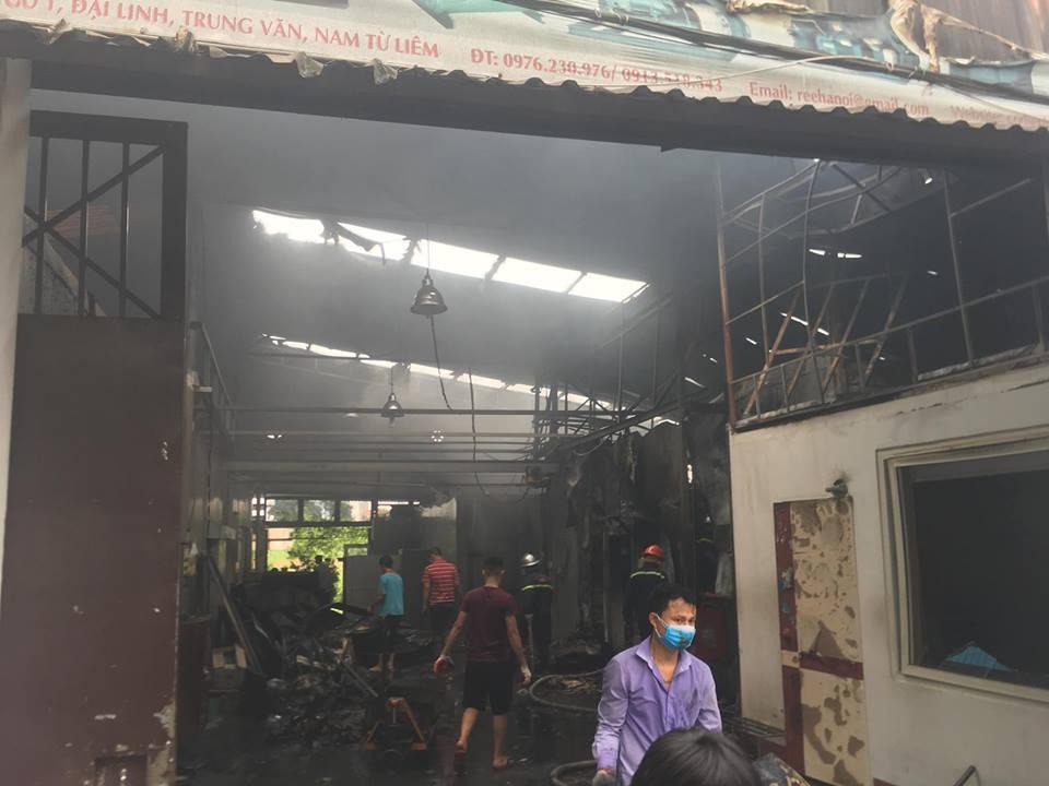 Hiện trường vụ cháy kinh hoàng 8 người chết và mất tích - 9
