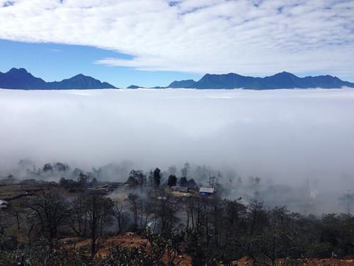 Y Tý - biển mây bồng bềnh đẹp hút hồn dân phượt - 8