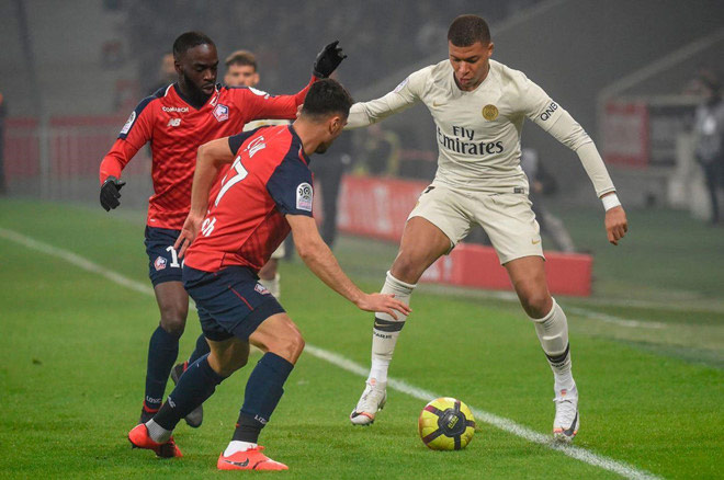 PSG thua ê chề nhất 19 năm: Mbappe chán nản, Real - Zidane chú ý - 1