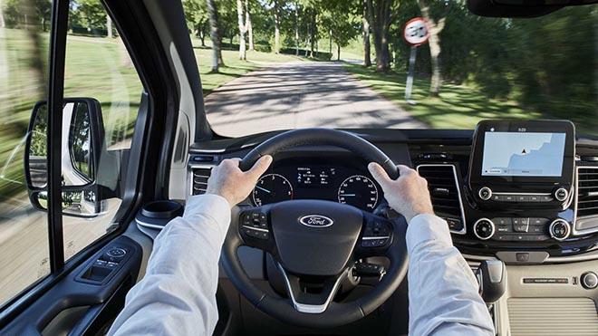 Sớm ra mắt tại Việt Nam, Ford Tourneo Custom là ứng viên sáng giá trong phân khúc MPV cỡ trung - 4