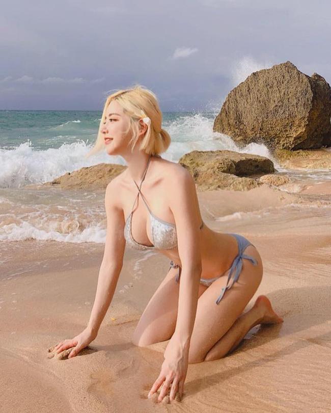 Mỗi hình ảnh, clip cô nàng cập nhật trên trang cá nhân đều nhận được hàng chục đến hàng trăm nghìn lượt thích.