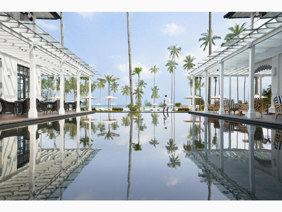 Top những bể bơi vô cực đẹp nhất châu Á có cả nơi này của Việt Nam - 8