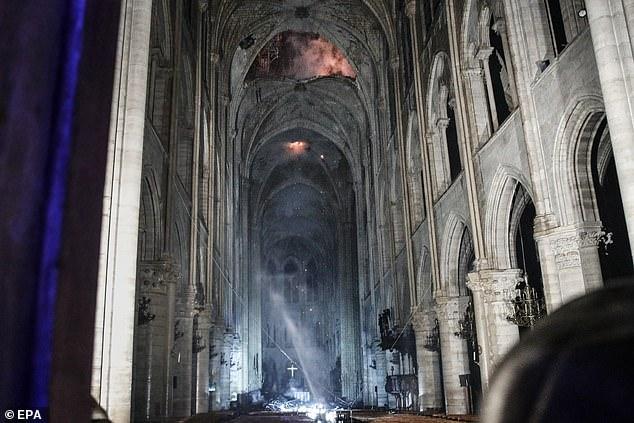 Thông tin không hay về việc khôi phục Nhà thờ Đức bà Paris - 3