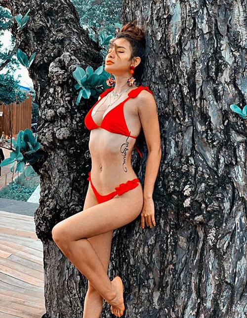 """Không còn nghi ngờ gì nữa, đây chính là """"nữ hoàng bikini"""" showbiz Việt! - 3"""