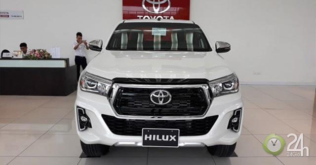Giá lăn bánh xe Toyota Hilux 2019 - Mua xe Toyota Hilux trả góp thủ tục đơn giản, nhanh gọn