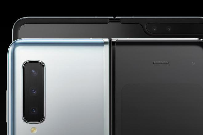 Galaxy Fold sẽ mở ra cánh cửa cho smartphone có màn hình gập lại tương lai - 1
