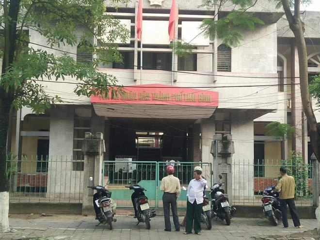 Xử kín vụ cựu Phó phòng Cảnh sát Kinh tế và 3 doanh nhân xâm hại nữ sinh lớp 9 - 6