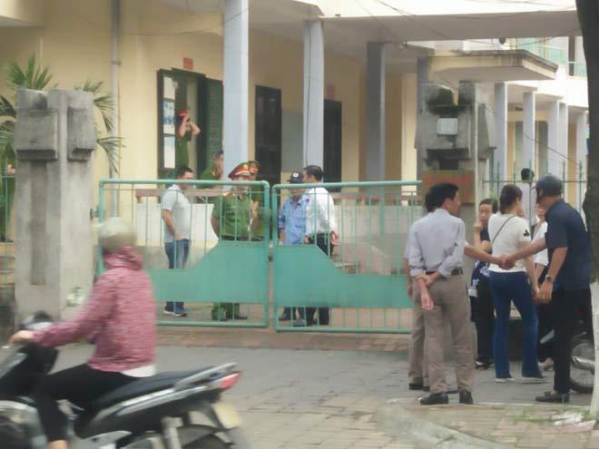Xử kín vụ cựu Phó phòng Cảnh sát Kinh tế và 3 doanh nhân xâm hại nữ sinh lớp 9 - 2