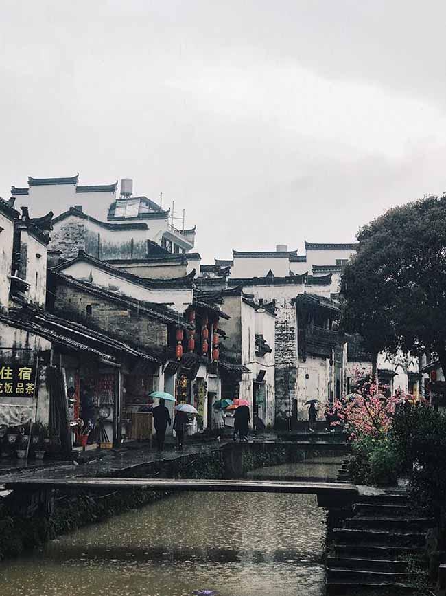 Đâu chỉ có Phượng Hoàng cổ trấn, Trung Quốc còn có Vụ Nguyên đẹp như một giấc mơ - 13