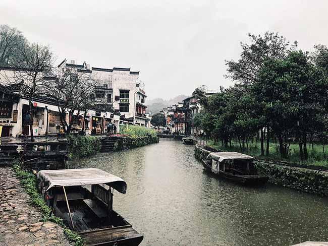 Đâu chỉ có Phượng Hoàng cổ trấn, Trung Quốc còn có Vụ Nguyên đẹp như một giấc mơ - 5