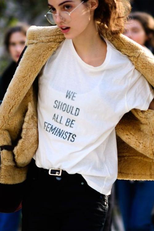 Đừng tự nhận sành thời trang nếu chưa có 7 kiểu áo này - 1