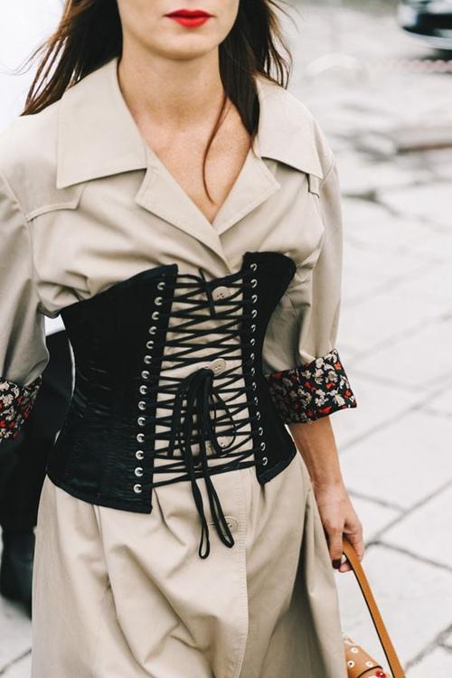 Đừng tự nhận sành thời trang nếu chưa có 7 kiểu áo này - 6