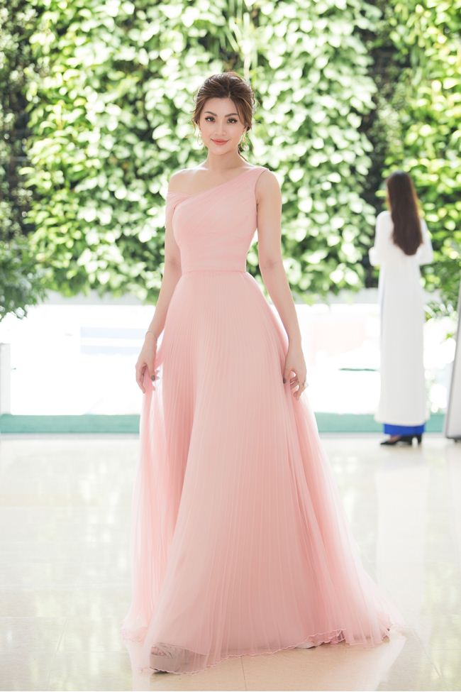 Tiểu Vy, Đỗ Mỹ Linh là đại sứ của Hoa hậu Thế giới Việt Nam 2019 - 6