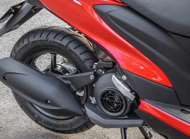 So găng Yamaha FreeGo - Honda Air Blade: Cuộc chiến giành ngôi vương - 7