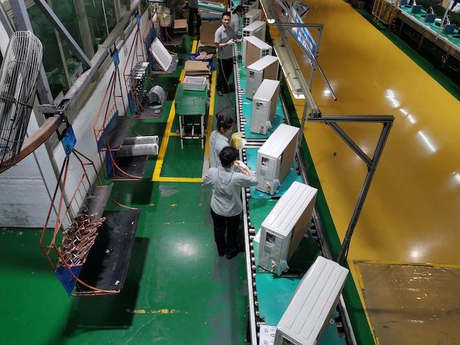"""""""Công nhân robot"""" áp đảo trong nhà máy sản xuất máy lạnh lớn nhất thế giới - 4"""