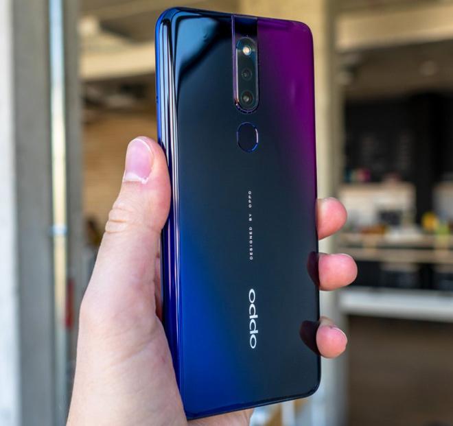 Mua smartphone nào tốt nhất ở tầm giá 10 triệu đồng? - 2