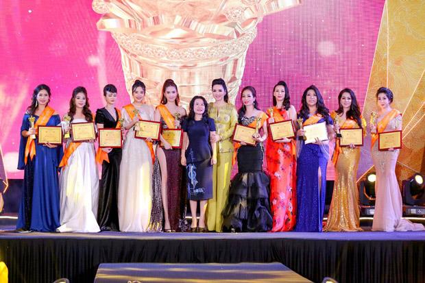 Lễ vinh danh Bông hồng Quyền lực 2019 hội tụ nhiều nữ doanh nhân tài sắc - 1
