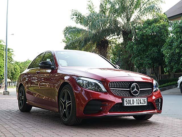 Bảng giá xe Mercedes C200, C250, C300 AMG mới nhất cùng nhiều ưu đãi khi mua xe trong tháng này