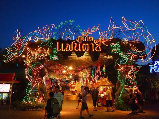 10 địa điểm cực thú vị không thể bỏ qua khi đến Phuket Thái Lan - 6