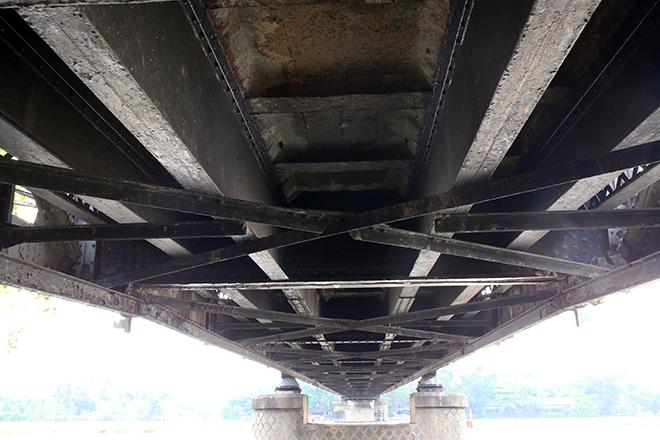 Ngắm cây cầu cấu trúc thép Eiffel hơn 100 tuổi nối đôi bờ sông Sài Gòn đang bị khai tử - 8