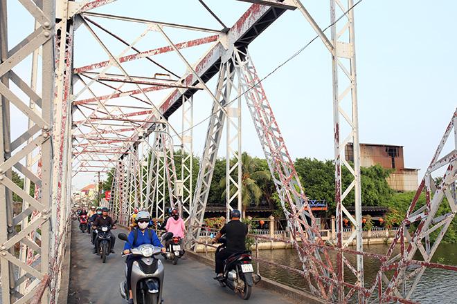 Ngắm cây cầu cấu trúc thép Eiffel hơn 100 tuổi nối đôi bờ sông Sài Gòn đang bị khai tử - 5