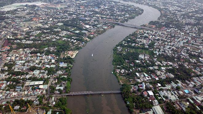 Ngắm cây cầu cấu trúc thép Eiffel hơn 100 tuổi nối đôi bờ sông Sài Gòn đang bị khai tử - 11