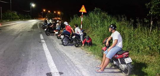Hàng trăm quái xế gây náo loạn trên tuyến đường Xuyên Á - 1
