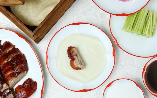 Cách ăn vịt quay Bắc Kinh chuẩn phong cách hoàng gia - 8