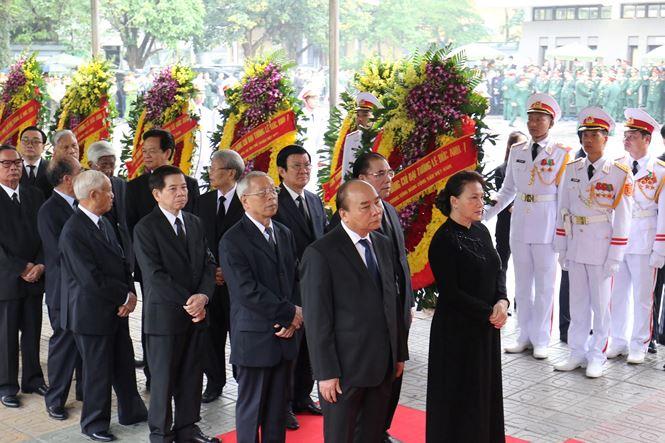 TRỰC TIẾP: Thủ tướng Nguyễn Xuân Phúc viếng Đại tướng Lê Đức Anh - 5