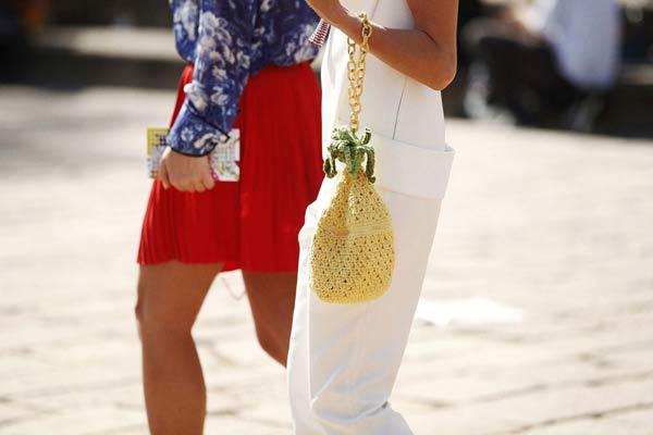 Thời trang mùa hè không thể rực rỡ hơn với đủ món trái cây nhiệt đới - 12