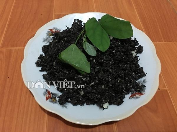 Thứ rau rừng xào trứng đen sì - đặc sản xứ Mường cuốn hút du khách - 4