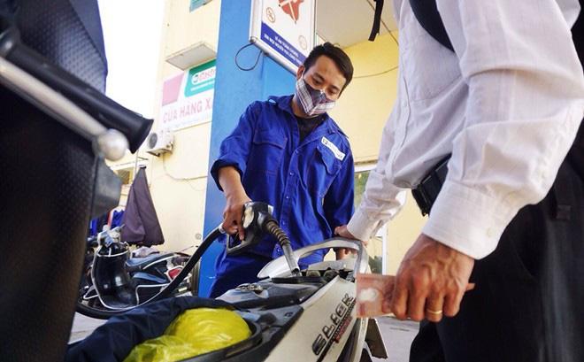 """Bộ Công Thương chính thức lên tiếng về đề xuất đóng """"mật"""" với giá điện, xăng dầu - 1"""