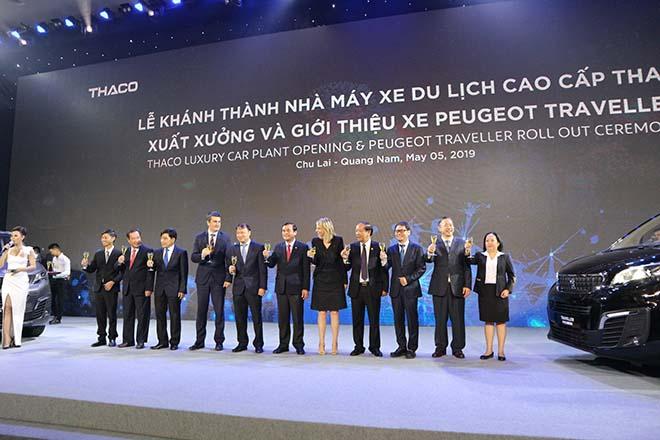 THACO ra mắt Peugeot Traveller Premium - MPV hạng sang cho thương gia - 1