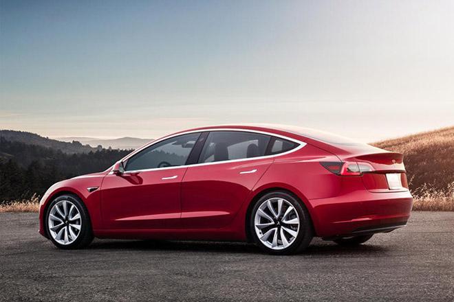 Tesla Model 3, đối thủ gây khó chịu của các ông lớn Mercedes, Audi và BMW trong phân khúc xe điện - 3