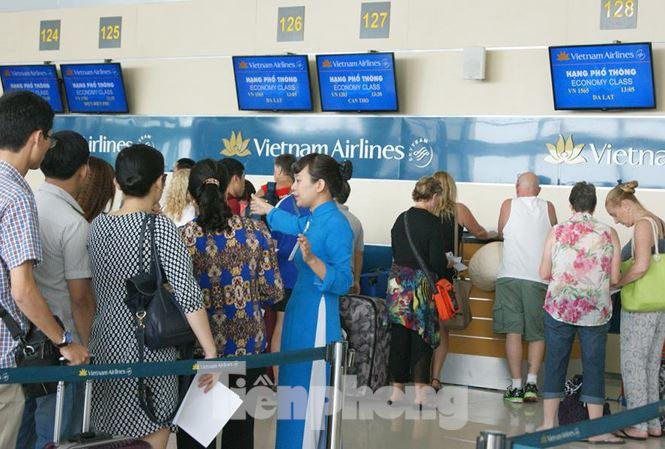 Bộ Giao thông chính thức áp khung giá vé máy bay nội địa - 1