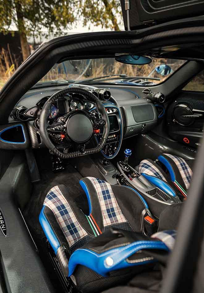 Pagani Huayra BC phiên bản Macchina Volante siêu đắt đỏ đang được chủ sở hữu rao bán lại - 8