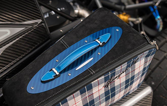 Pagani Huayra BC phiên bản Macchina Volante siêu đắt đỏ đang được chủ sở hữu rao bán lại - 10